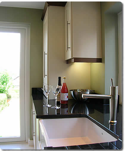 A Complete Kitchen fitting and Installation service from Belfasts Quality Kitchen installers and Fitters Buildingrooms, Northern Ireland. Specialists in kitchens, utility rooms, kitchen dining areas, kitchen units and building.